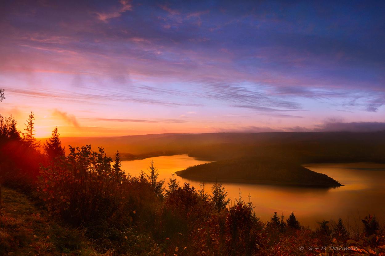 Sonnenaufgang am Rursee